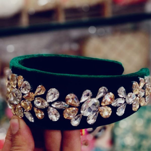 POUR FEMME Premium Quality Special Customised Stone Work Hairband0137
