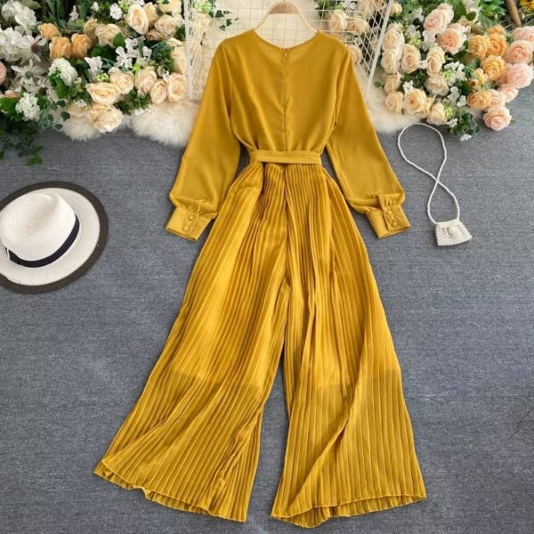 POUR FEMME Balloon Sleeve Round Neck Pleated Jumpsuit with Belt051